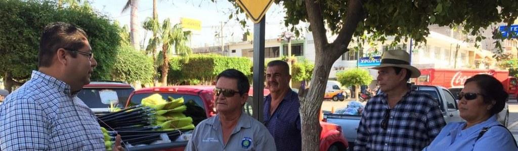 """Recibe Ayuntamiento donaciones de """"Impulso Rural""""."""