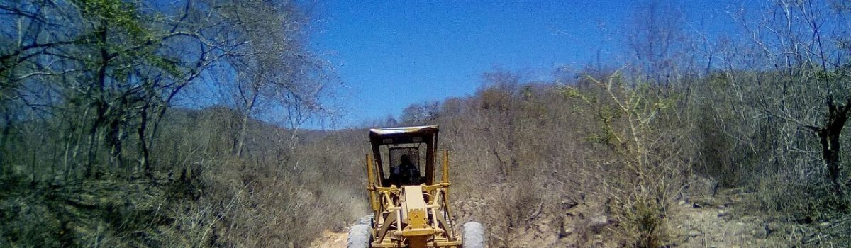 Rehabilitan los accesos a La Ciénega y El Camarón.
