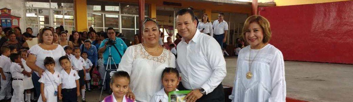 Alcalde Inaugura el Ciclo Escolar en las Escuelas Natividad y Federal