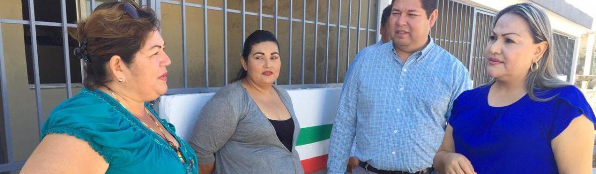 Supervisan autoridades municipales albergue de jornalero de Isla del Bosque.
