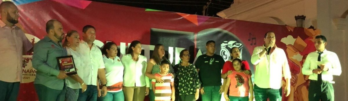 Presidente municipal clausura Semana Cultural de la Libertad de Expresión.