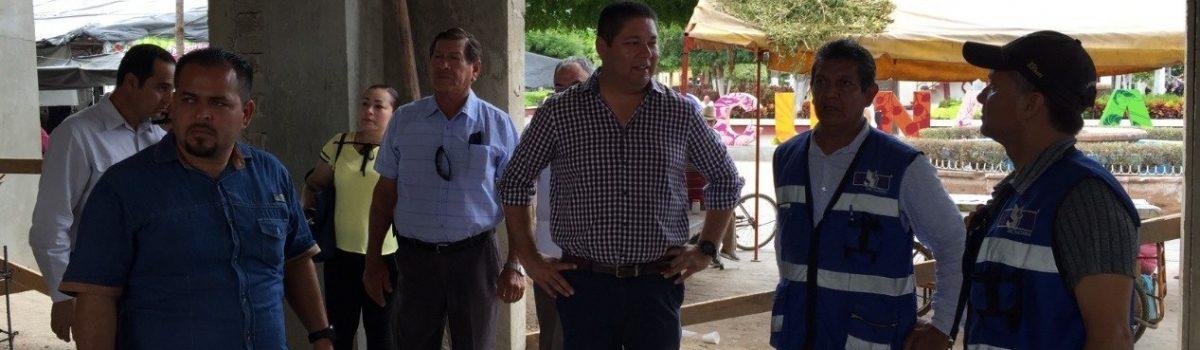 Supervisa presidente municipal obra de reconstrucción de área gastronómica del mercado municipal Miguel Hidalgo.