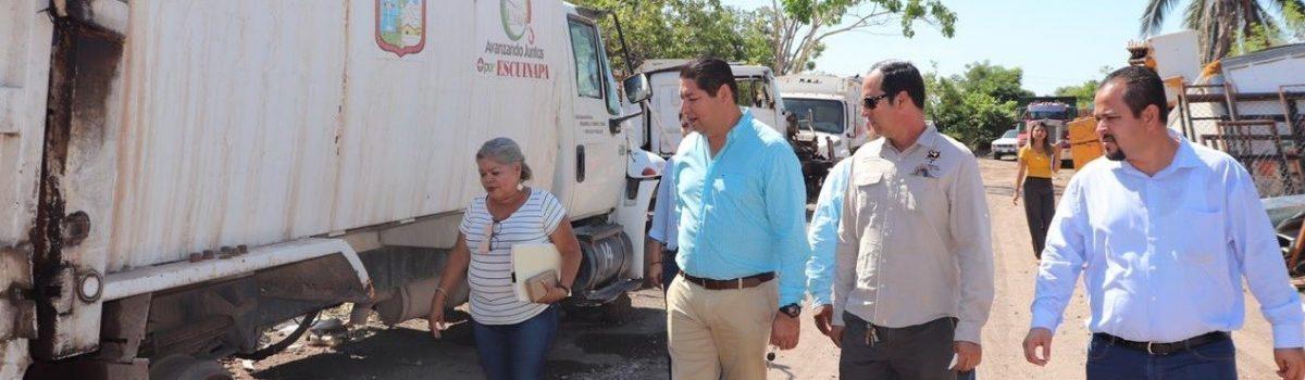 Alcalde supervisa y recorre almacén y vivero municipal de Escuinapa.