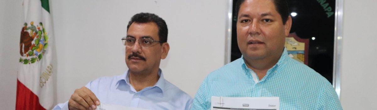 Autoridades municipales firman convenio de FONACOT para beneficio de trabajadores del H. Ayuntamiento.