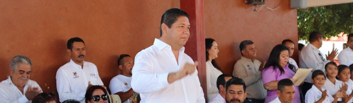 Anuncia presidente municipal 35 proyectos productivos para comunidades del valle agrícola.