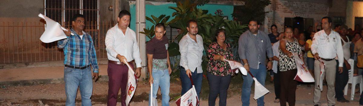 Banderazo de obra de rehabilitación de red de alcantarillado y descargas domiciliarias en calle Rio Guasave, colonia Pueblo Nuevo.