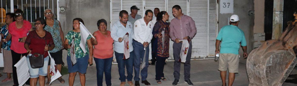 Continua Gobierno Municipal con banderazos de obras en rehabilitación de red de alcantarillado y descargas domiciliarias.