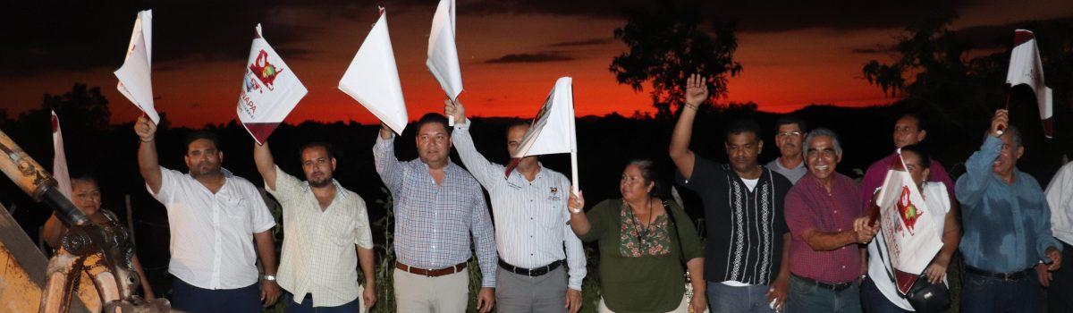 Abandera alcalde obra de red de alcantarillado por 368 mil pesos en calle Rio Suchiate, colonia Pueblo Nuevo.