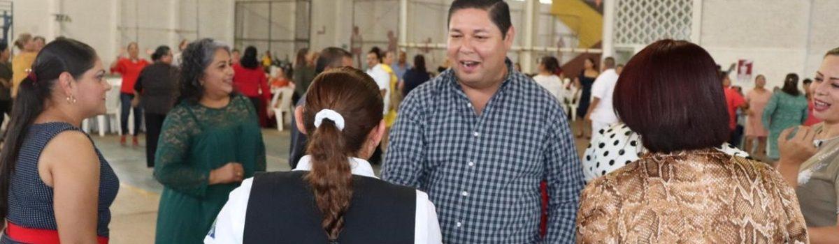 Por primera vez en Escuinapa se festeja a enfermeros en su día.