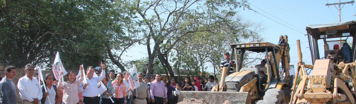Inicia rehabilitación de calles en Pueblo Nuevo.