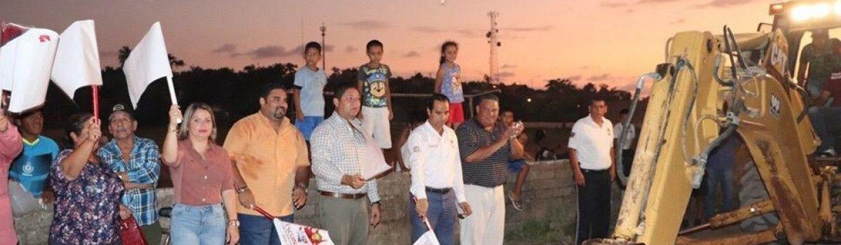 Abandera gobierno municipal obra de colector por 8.5 millones de pesos.