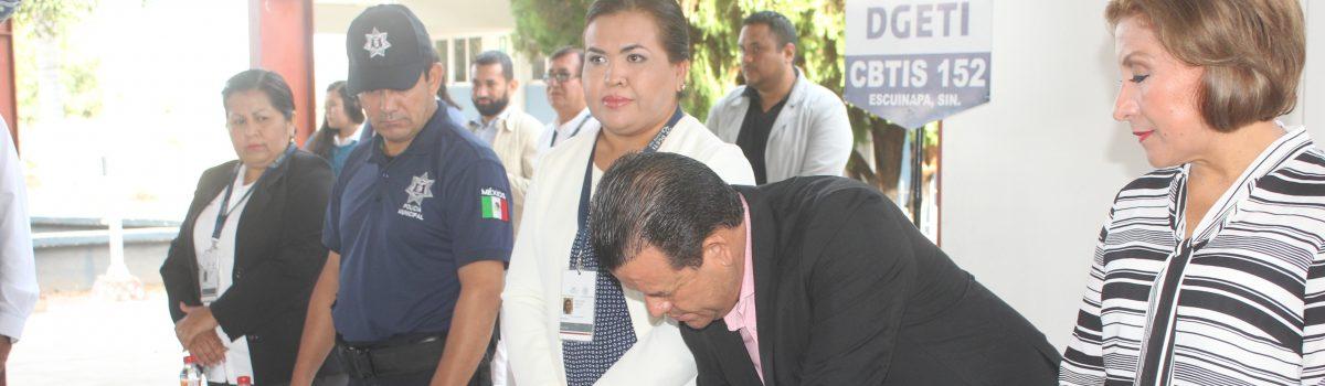 Firma acuerdo de colaboración Ayuntamiento con Cbtis 152.