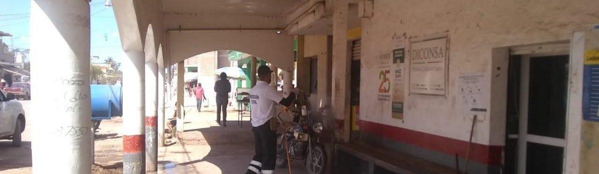 Gobierno municipal inicia sanitización en comunidades.