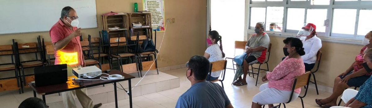 Servicios Médicos Municipales capacita a microempresas en Teacapán para prevenir casos por COVID-19.