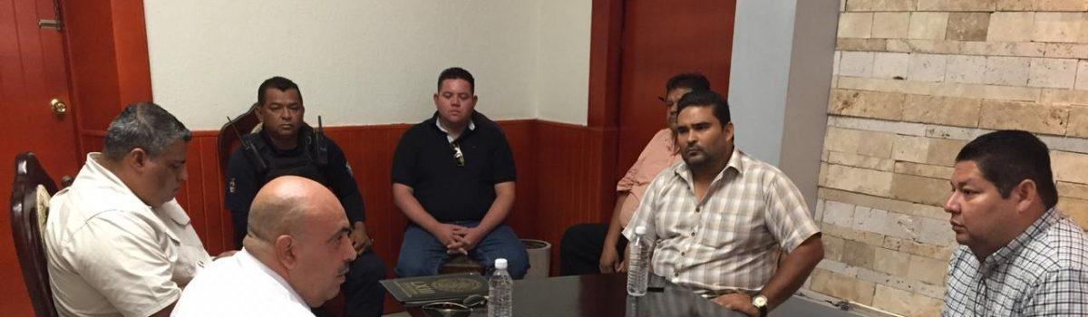 Gestionará diputado local 30 millones de pesos más para Seguridad Pública de Escuinapa.