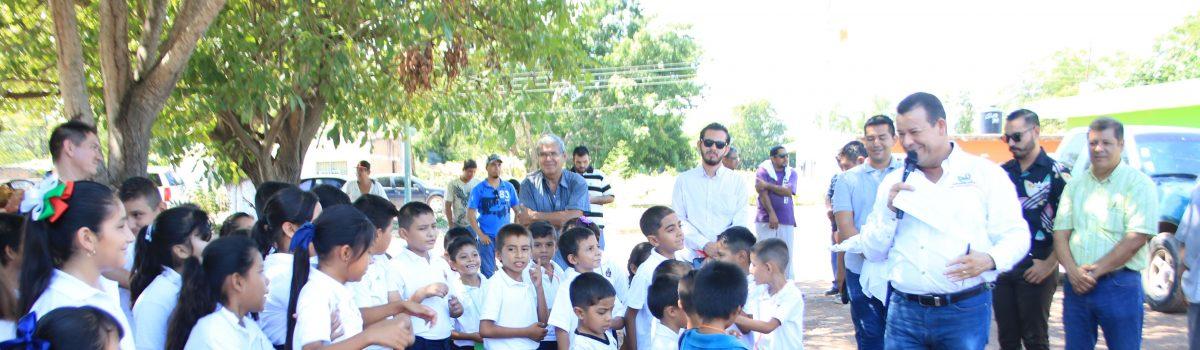 Reinician los trabajos en la plazuela de Hacienda La Campana