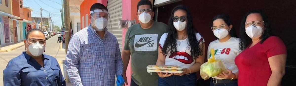 Gobierno de Escuinapa entrega obsequios a ganadores del concurso virtual por Día del Padre.