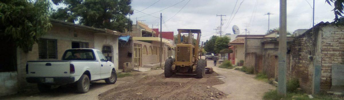 Inician trabajos de rehabilitación de calles en las colonias