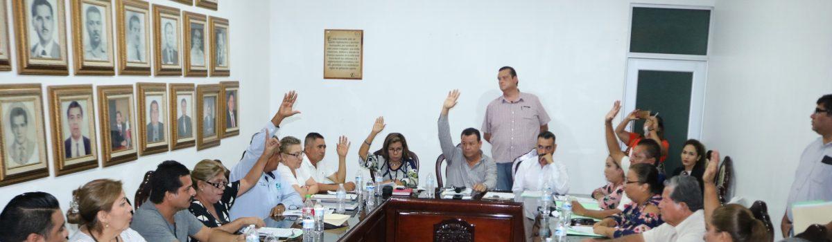 Cabildo aprueba propuesta de alcalde de Tesorera y Oficial Mayor.