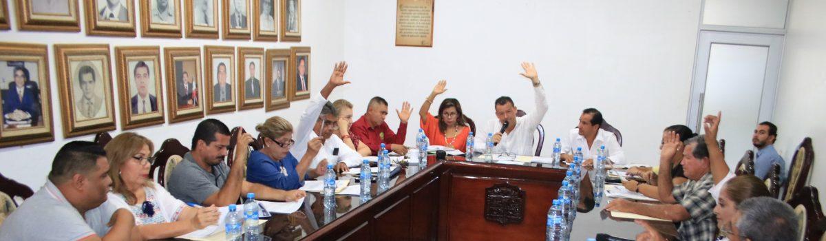 Cabildo aprueba a nuevos representantes legales del Ayuntamiento