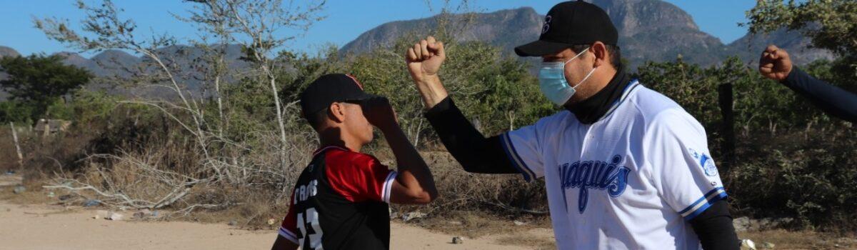 Gana H. Ayuntamiento de Escuinapa contra Palmillas en juego amistoso de beisbol.