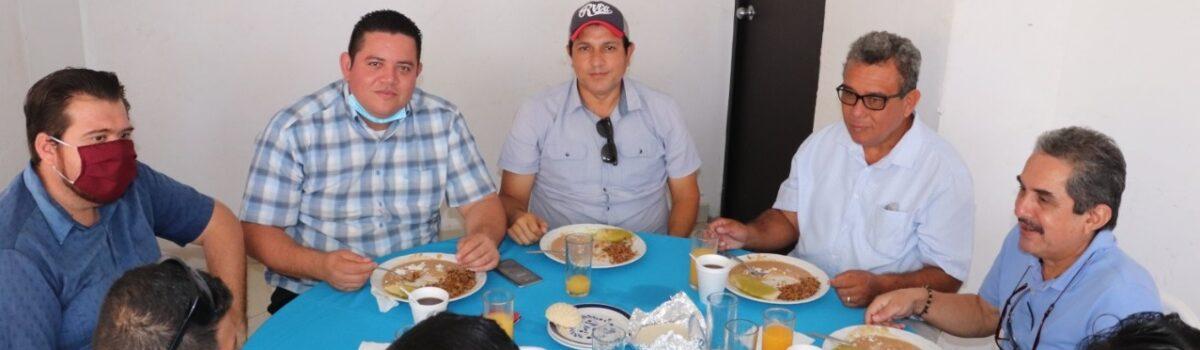Soto Grave organiza desayuno con causa a niños de PANNASIR y sensibiliza a hombre sobre el cáncer de próstata.