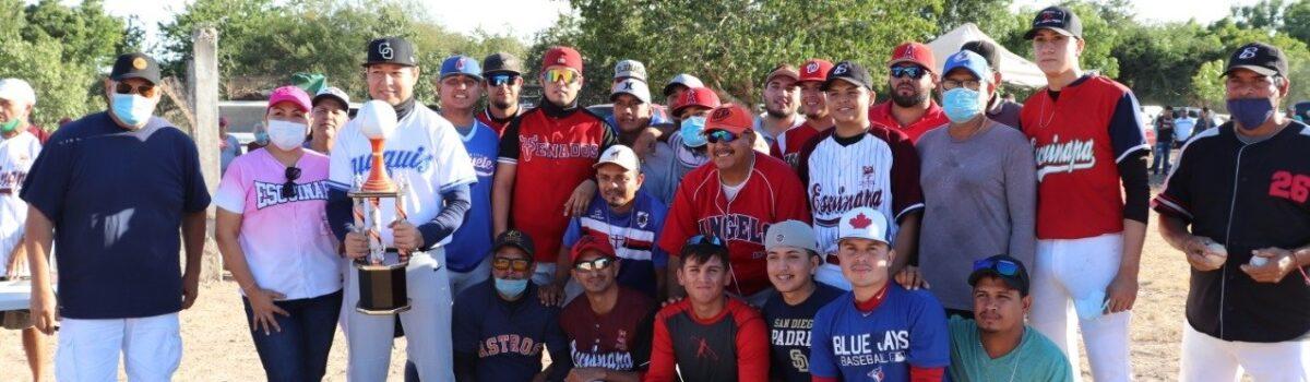 H. Ayuntamiento de Escuinapa ganan cuadrangular de beisbol entre comunidades del sur.