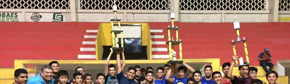 Entrega H. Ayuntamiento trofeo a Colegio El Molino como victorioso de basquetbol intersecundarias.