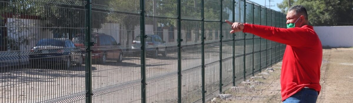 Avanzan trabajos de rehabilitación en Unidad Deportiva Benito Juárez.